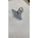 porca losangular com mola Vitória